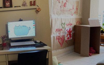 Em casa: o espaço de estudar e o espaço de brincar